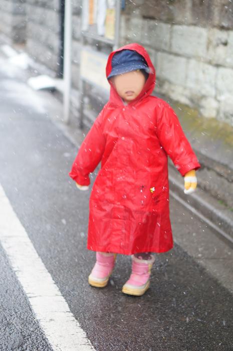 東京 雪の日 通園