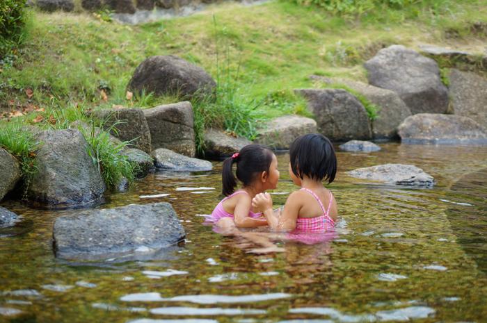 あらかわ遊園 水遊び じゃぶじゃぶ池