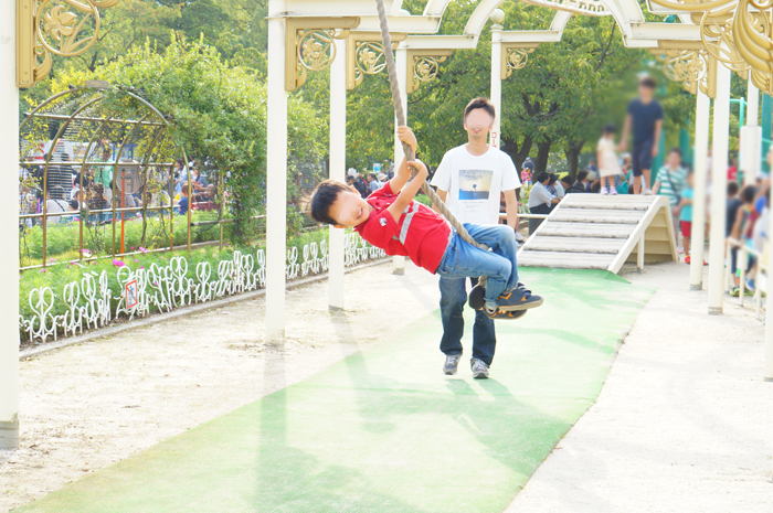 長男 公園 ロープ