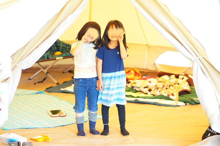 キャンプ お友達と テント