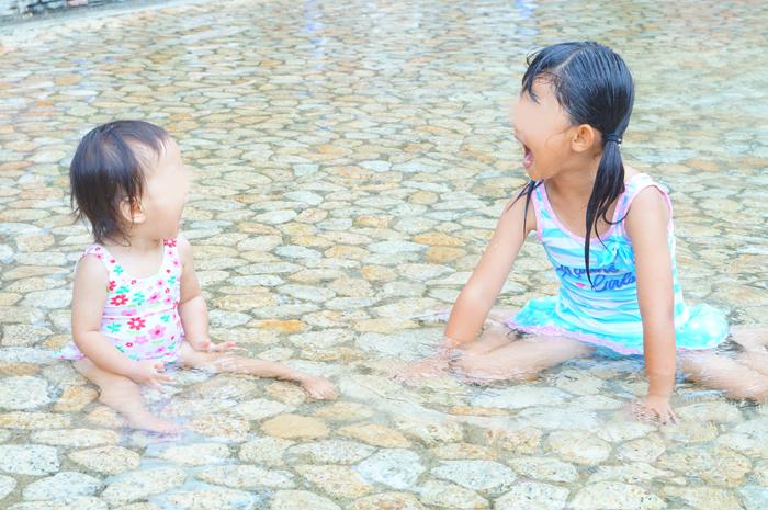 じゃぶじゃぶ池 水遊び